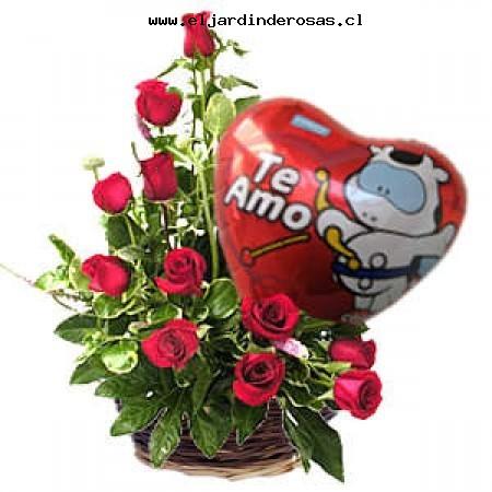 arreglo floral base cuadrada rosas ecuatglobo te amo codafg